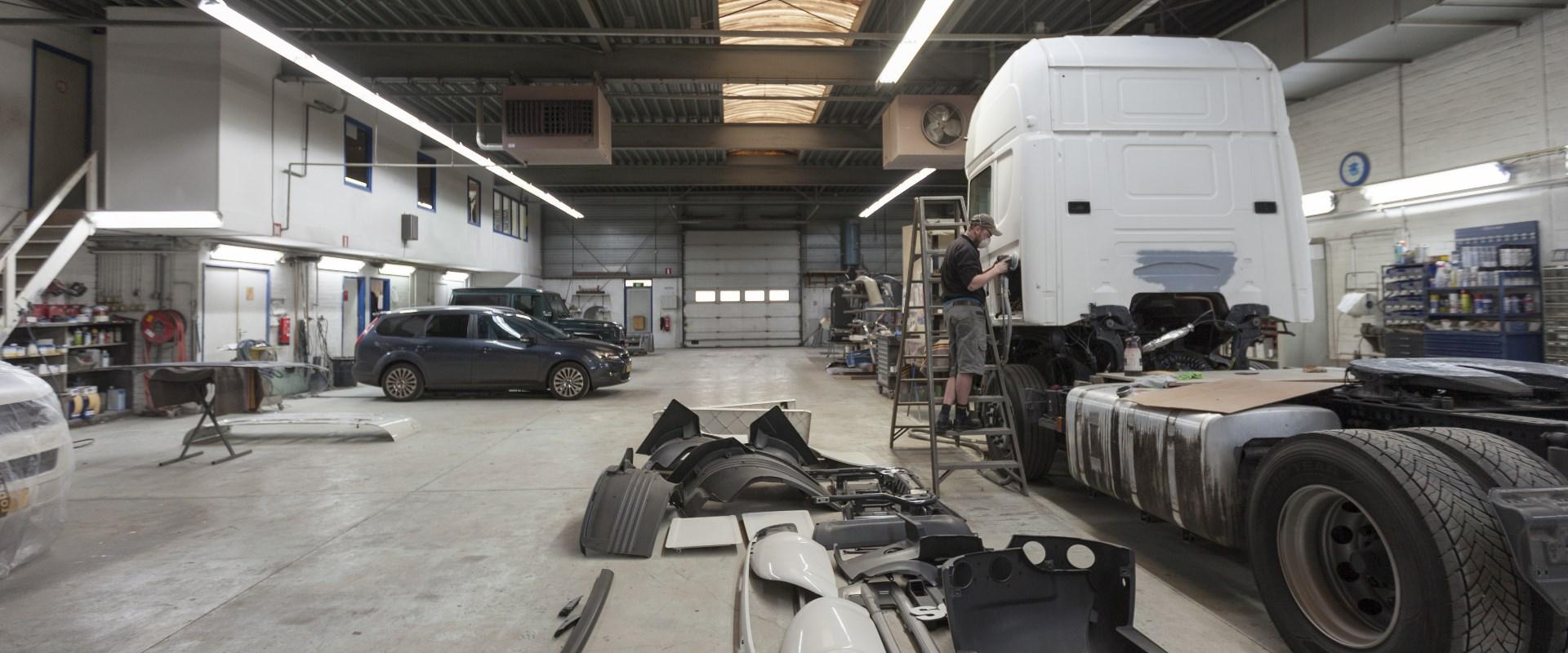Autospuitbedrijf Kuperus Werkplaats
